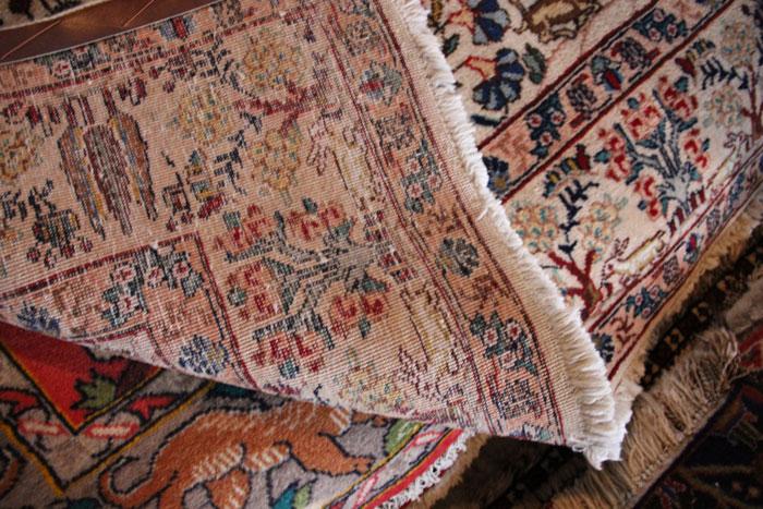 ペルシャ絨毯の湿気